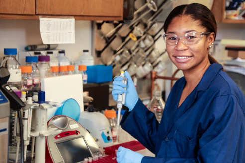 Sydney Morris in the lab