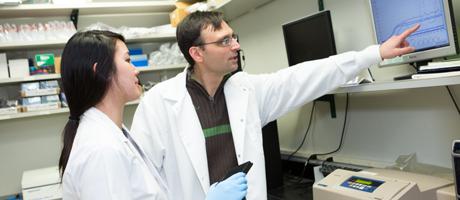 Emmeline Ha with mentor, Professor Aleksandar Jeremic.